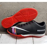 Giày Đá Banh Futsal Đế Bằng WB Đen
