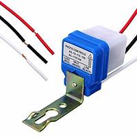 Thiết bị Công tắc cảm biến chuyển đổi bóng đèn thường thành bóng đèn cảm ứng tự động tắt mở khi trời sáng hoặc tối,439