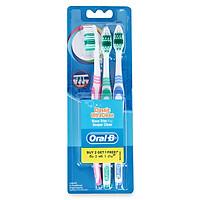 Vỉ 2 Bàn Chải Đánh Răng Oral B Classic Ultraclean - Tặng Kèm 1 Bàn Chải