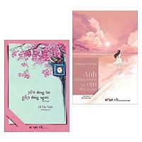 Combo Tiểu Thuyết Lãng Mạn: Yêu Đúng Lúc, Gặp Đúng Người + Anh Không Muốn Để Em Một Mình (Bộ 2 Cuốn Tiểu Thuyết Được Bạn Đọc Yêu Thích Nhất / Tặng Kèm Bookmark Happy Life)