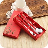 Bộ thìa,dĩa,đũa sang trọng 3 món kèm hộp giấy đựng sang chảnh