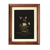 Tranh hoa sen chế tác bằng bạc mạ vàng 24k