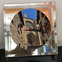 Đồng hồ thủy tinh vuông 20x20 in hình Church - nhà thờ (256) . Đồng hồ thủy tinh để bàn trang trí đẹp chủ đề tôn giáo