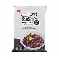 Bánh gạo Hàn Quốc YOPOKKI xốt Tương đen gói 120g