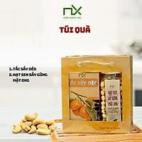Túi  quà gồm Tắc sấy dẻo 140g/160g  và Hạt sen sấy gừng mật ong 200g/250g Nam Xanh
