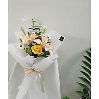 Bó hoa Lyly vàng mix hoa hồng
