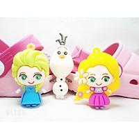 Sticker dép Cross gắn dép sục crocs 4D nhân vật hoạt hình 6 loại TO/ BIG/ LỚN - Công chúa