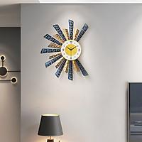 Đồng hồ treo tường trang trí hình quạt, Đồng hồ trang trí treo tường pin AA, Đồng hồ phù điêu treo tường, Đông hồ phòng khách cao cấp