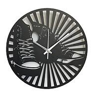 Đồng hồ treo tường hình chiếc giày trang trí