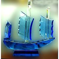 Thuyền pha lê