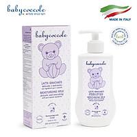 Sữa dưỡng thể chiết xuất hạnh nhân Babycoccole 250ml 0M+