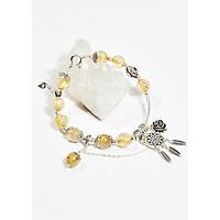 Vòng tay phong thủy nữ đá thạch anh tóc vàng charm hoa hồng 8mm mệnh thủy , kim - Ngọc Quý Gemstones