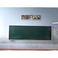 Bảng từ xanh Hàn Quốc treo tường, viết phấn, có dòng kẻ 5x5cm-( tặng 1 hộp phấn, 4 viên nam châm)