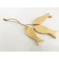 Combo chùm 3 con cá gỗ tự nhiên trang trí handmade 10x3.5x1.5cm (DàixNgangxDày) - Màu gỗ tự nhiên (phát màu ngẫu nhiên)