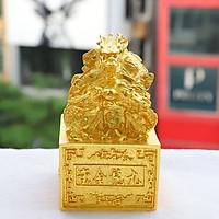 Biểu tượng Ấn Rồng mạ vàng
