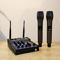 Bàn trộn Mixer G4 USB – Chuyên dùng livestream, karaoke gia đình – Có màn hình led – Kèm 2 micro không dây – Dùng được cho loa kéo, loa ô tô, dàn karaoke gia đình, livestream, thu âm - Tích hợp nguồn 5V và 48V cho micro thu âm - Hàng chính hãng