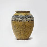 Bình hoa sơn mài - Gốm sứ Bát Tràng, Nền sơn mài vỏ trứng, tráng bạc hiện đại và đẳng cấp