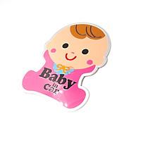 Baby in car em bé hồng 11x9cm - Sticker hình dán metal kim loại