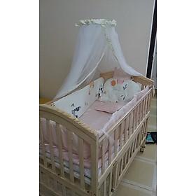 Nôi cho bé trọn bộ giường cũi, nệm xơ dừa và quây lót cũi hoàng gia. Phù hợp cho bé từ 0 đến 12 tuổi.