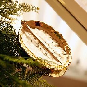 Khay sứ vàng hình chiếc lá phong cách Bắc Âu sang trọng cho Nhà Hàng Khách Sạn, Bếp Phòng Khách Gia Đình - Size 15x9x3cm