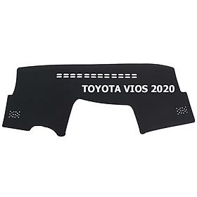 Thảm da Taplo vân Carbon Cao cấp dành cho xe Toyota Vios 2020 có khắc chữ Toyota Vios và cắt bằng máy lazer