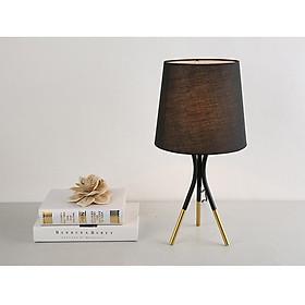 Đèn ngủ - đèn trang trí để bàn JOKE 3 chân phong cách VINTAGE