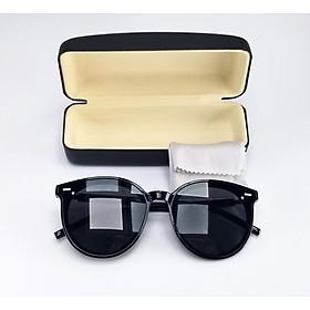 Mắt kính mát nữ thời trang form mắt mèo màu đen, chống tia UV. Mã DKY9903D.
