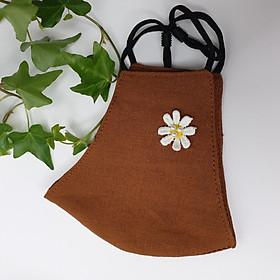 Khẩu trang vải linen đính hoa và ngọc trai DH02