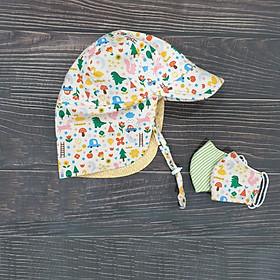 Bộ sản phẩm handmade chống bụi, chống nắng cho bé sơ sinh 2 món: 1 mũ che gáy và 1 chiếc khẩu trang sơ sinh cùng màu với mũ. Chất liệu vải thô 100% cotton an toàn cho bé. Tặng kèm thêm 1 chiếc khẩu trang sơ sinh