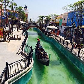 Hình đại diện sản phẩm Vé Tham Quan The Venezia Hua Hin, Thái Lan - Gói B (Entrance Fee + 3D Art Gallory + Mini Europe + Fontana Di Trevi Park + Music Garden + Mini Zoo + Mini Train + King & Queen Picture)
