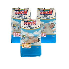 Com bo 2 Tã dán Goo.n Premium NB42 miếng (newborn-5kg) - Tặng 1 bịch Tã dán Goo.n Premium S36 miếng