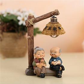 Đèn Ông Bà Ngồi Dưới Đèn
