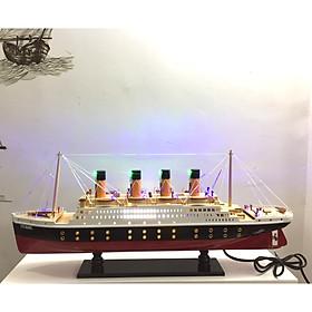 Mô hình du thuyền gỗ RMS Titanic (thân 60cm - đèn led màu)