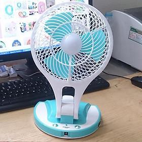 Quạt sạc điện kiêm đèn pin Mini Fan M-5580 rất đa năng và tiện lợi khi mang đi di chuyển