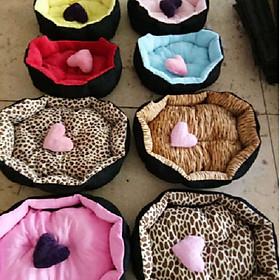 Nệm giường ổ nằm cho chó mèo bông cao cấp 40x50x15 cm kèm trái tim