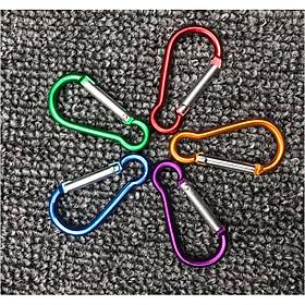 Móc khóa nhôm hình bầu - 1 cái (màu ngẫu nhiên)