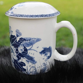 Ly sứ có nắp đậy bằng sứ - 420ml- hình cá chép - hoa sen - Men sứ Nhật cao cấp - Chống nứt nẻ