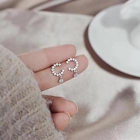 Khuyên tai chữ C thả viên đá nhỏ nhân tạo bạc ta đáng yêu