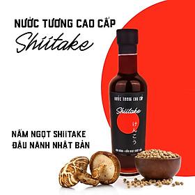 Nước tương cao cấp Shiitake chai 250 ml có thành phần chính từ đậu nành và nấm ngọt Shiitake Nhật Bản