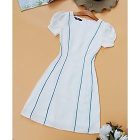 Đầm trắng thiết kế cho Nàng Nấm Lùn che bụng khoe eo thon