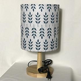 Đèn ngủ để bàn DB-D10 HỌA TIẾT LÁ, đèn bàn ngủ chóa vải bố linen decor nhà cửa, chân gỗ phong cách, công tắc bật tắt, tặng kèm bóng đèn