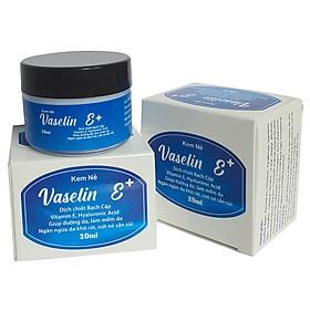 [3 hộp] Kem dưỡng da chống nẻ  Vaselin E+ . Tăng độ đàn hồi, giảm thiểu các nếp nhăn. Siêu giữ ẩm, tái tạo da. Dễ rửa trôi không bết dính. Hộp x 20ml