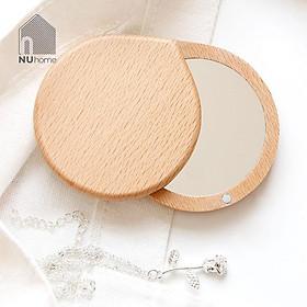 Gương trang điểm bỏ túi mini bằng gỗ Teki, gương được thiết kế nhỏ gọn, mộc mạc và đẹp mắt
