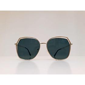 Kính mát thời trang  nữ kiểu dáng trẻ trung, năng động, hiện đại tròng kính chống UV400