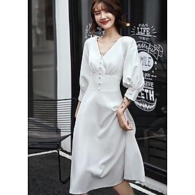 Đầm trắng cổ V nút bọc