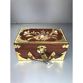 Hợp đựng trang sức gỗ hương ( tặng kèm ổ khoá ) DA180