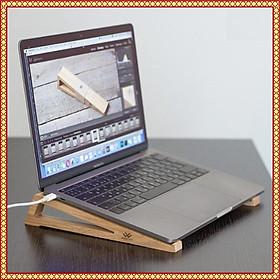 ️ Giá đỡ cho Macbook,  Kệ laptop ️ làm bằng gỗ thông tự nhiên bền đẹp, mang đi thoải mái