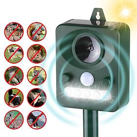 Solar Ultrasonic Pest Repeller Outdoor Animal Repeller with Ultrasonic Sound Motion Sensor and Flashing Light Keep