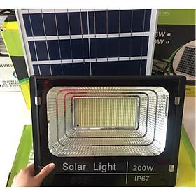 Đèn pha LED năng lượng mặt trời 200W - RB LIGHTING