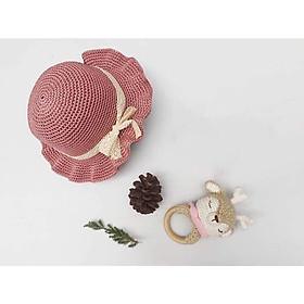 Mũ hồng đỗ vành xoắn dễ thuơng cho bé gái